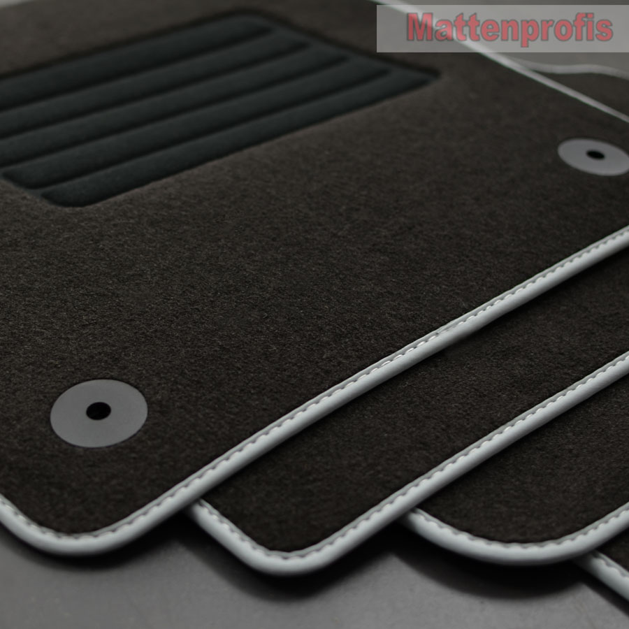 Mattenprofis Velours Fußmatten passend für VW Polo VI 6 Typ AW 2G Bj.09//2017 rot